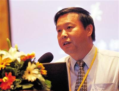 广东华美集团有限公司董事长张克强盐湖投资案犯单位行贿罪,一审被判4年。