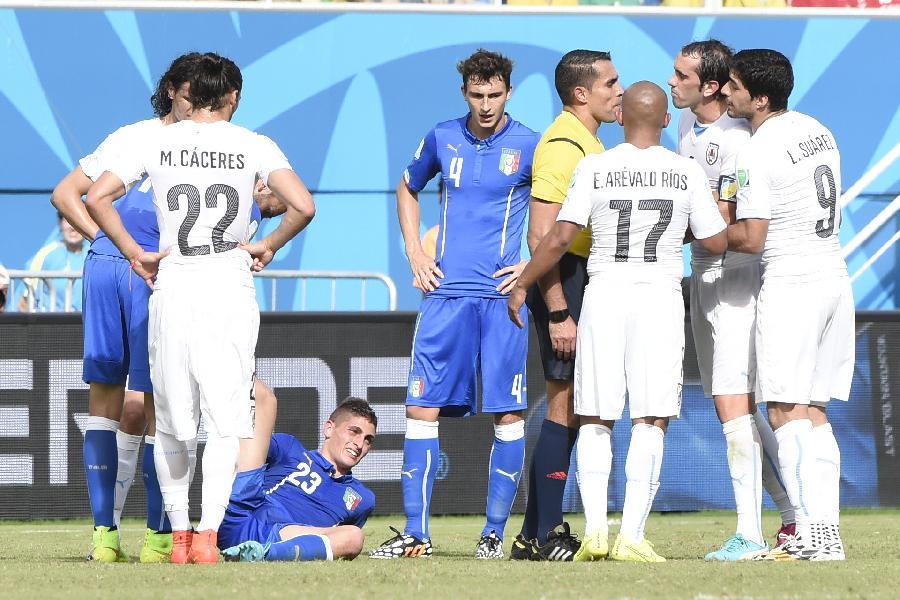 新华社照片,纳塔尔(巴西),2014年6月24日 (世界杯)(23)足球—小组赛D组:意大利队不敌乌拉圭队
