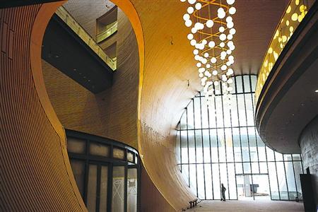 安藤忠雄的建筑运用了很多几何图形