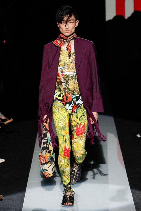 Vivienne Westwood 2015春夏男装秀 吊眼妆穿数码印花系丝巾
