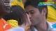 视频-希腊VS科特迪瓦 情侣拥吻门将吃草球迷群舞