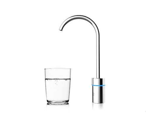 海尔施特劳斯新一代厨下式智能饮用水设备