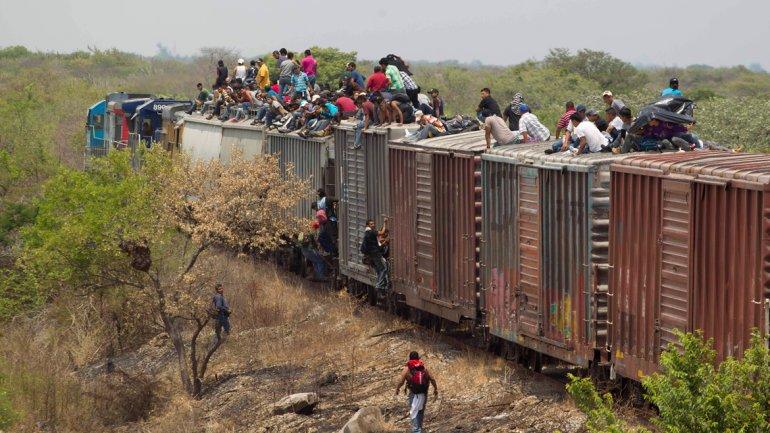 墨西哥称偷渡美国的中美洲儿童数量激增 今年