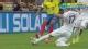 视频-瓦伦西亚争球踩脚 裁判给红牌被逐下场