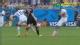 视频-贝克曼侵犯对手主裁出黄 克洛泽铲球解围