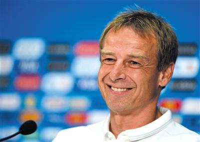 德籍主帅克林斯曼让欧洲足球风格渐渐融进美国队。