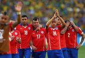 高清图:智利遭淘汰大将飙热泪 桑切斯掩面痛苦