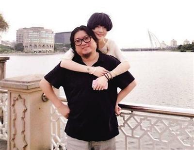 高晓松与80后娇妻离婚 女方:他想要更多自由(组