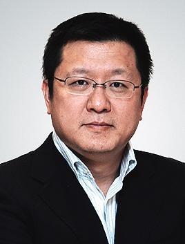 21世纪经济报道杨磊_...上图为21世纪经济报道特稿部总监杨磊.(图片来源:新浪财经 梁斌...