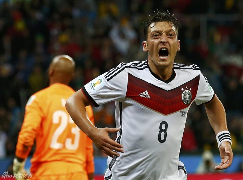 世界杯-德国2:1胜阿尔及利亚 许尔勒厄齐尔进球