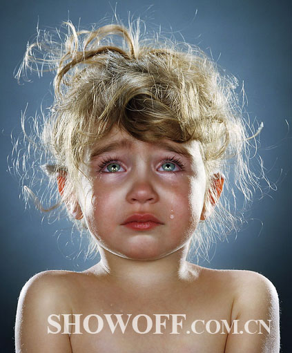 这些受虐孩子都需要接受长期的心理治疗