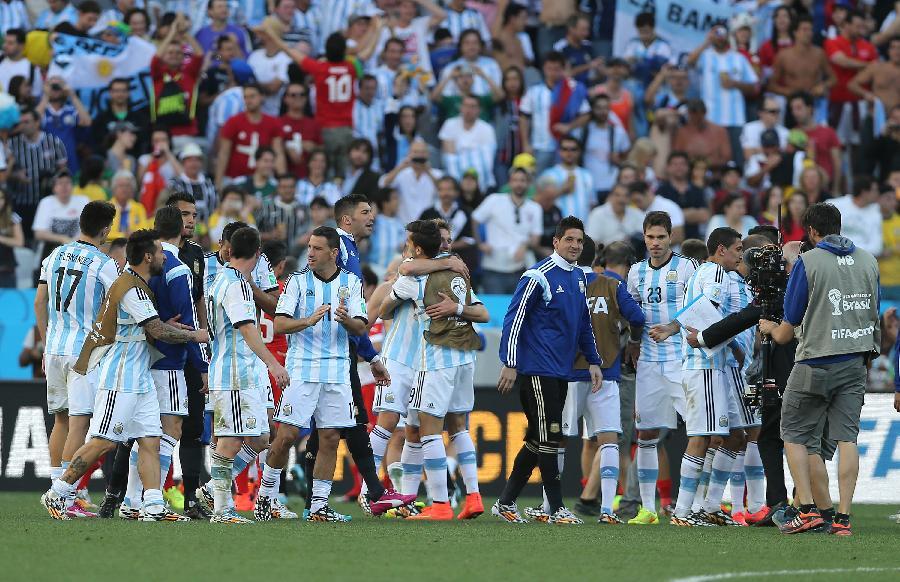 (世界杯)(20)足球——阿根廷隊晉級八強(圖)圖片