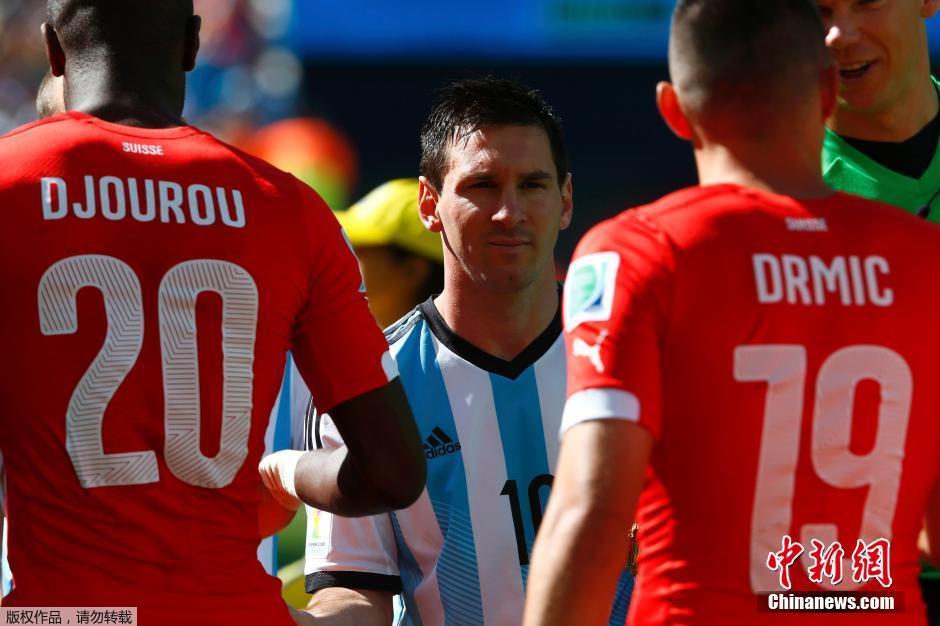 """梅西助攻""""天使"""" 阿根廷加时绝杀瑞士"""