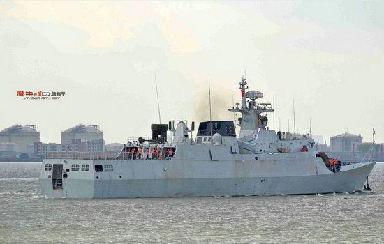 资料图:解放军反潜版056轻护出海测试。