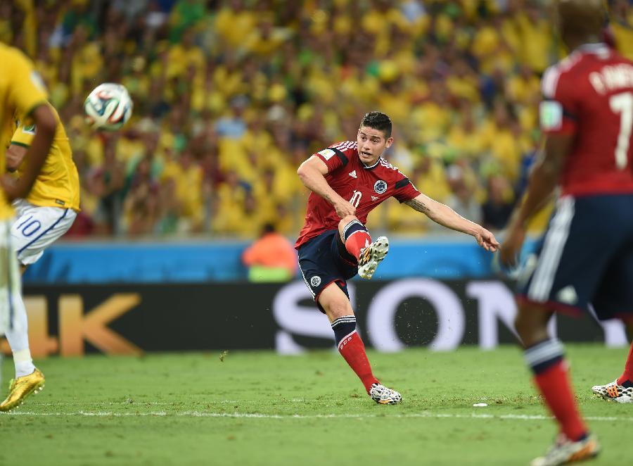 世界杯 59 足球 巴西队对阵哥伦比亚队 图图片