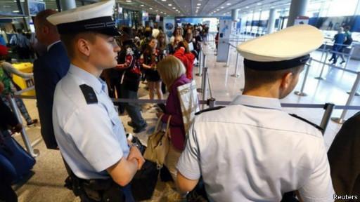 德国表示,将配合美国提出的要求加强安检。
