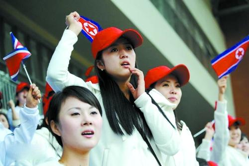 北朝鲜现状图片美女_朝鲜时隔九年再派啦啦队赴韩 个个年轻貌美-搜狐