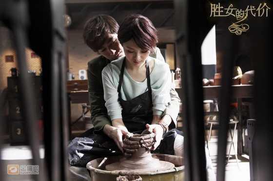 当红偶像张翰、郑爽合演的偶像剧《胜女的代价2》都没能力挽狂澜,首播收视仅有0.48。