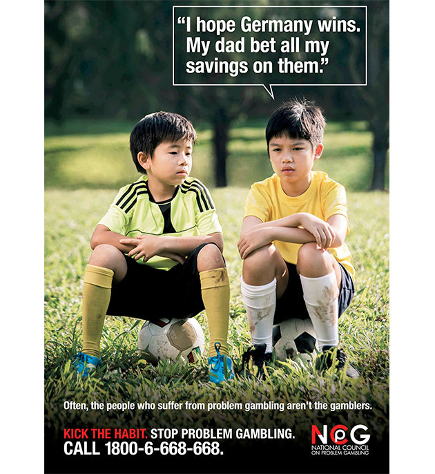 新加坡全国预防嗜赌理事会的反赌球公益广告-反赌公益广告竟成 神预