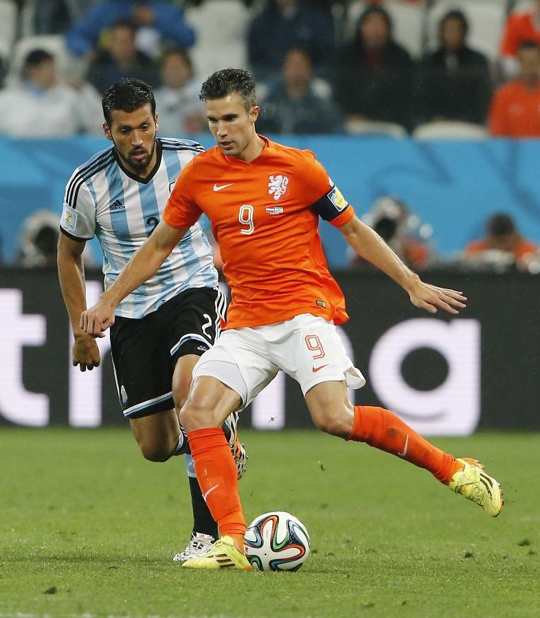 荷兰队内讧_(世界杯)(62)足球——半决赛:荷兰队对阵阿根廷队(图)