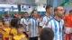 视频-荷阿战现中国球童 幸运儿牵手阿根廷球星