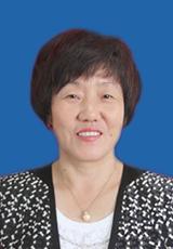 钱秀梅,女,汉族,1962年8月出生,宁夏贺兰人,1984年8月参加工作,1998年5月加入中国民主同盟,中央党校党政管理专业毕业,大学学历。现任银川市人民政府副市长。