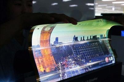 韩国企业开发了世界首款18英寸可弯曲OLED显示屏。