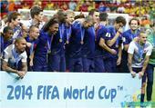 世界杯午报:荷兰三球完爆东道主 首发PK德国胜