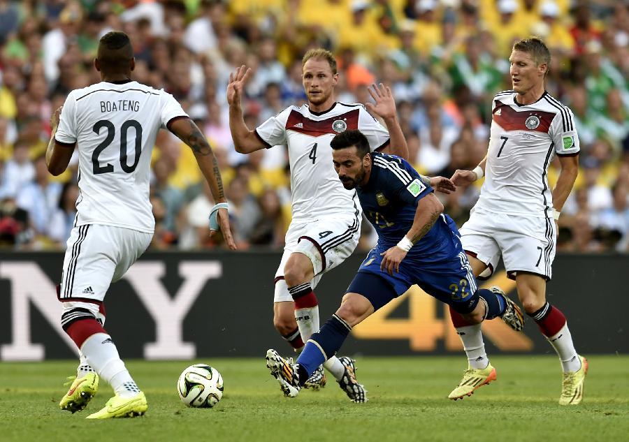 06世界杯德国大名单_(世界杯)足球——德国队与阿根廷队争夺冠军(图)-搜狐滚动