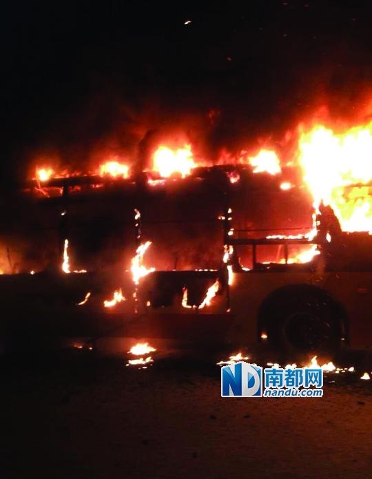 广州电脑维修_广州301路公交爆燃2死32伤 警方正调查起火原因