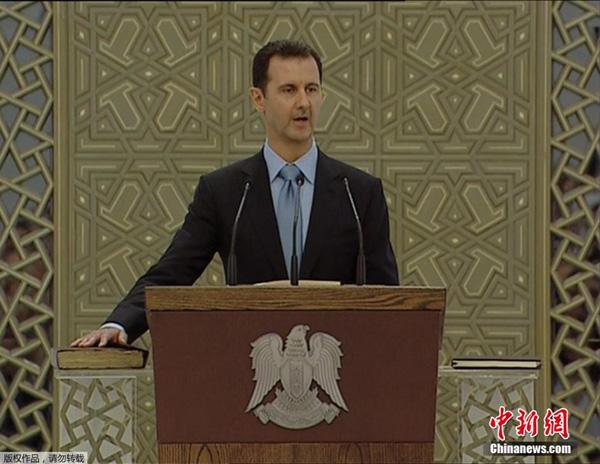 当地时间7月16日下午,巴沙尔·阿萨德宣誓就任叙利亚总统,开启第三个7年总统任期。