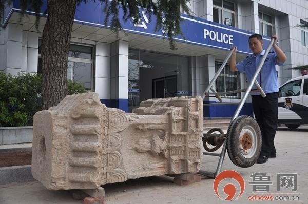 警方模拟作案情况