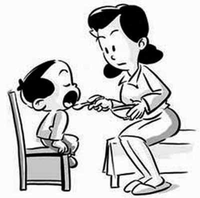 4招对付儿童不好好吃饭:减少零食 增加趣味