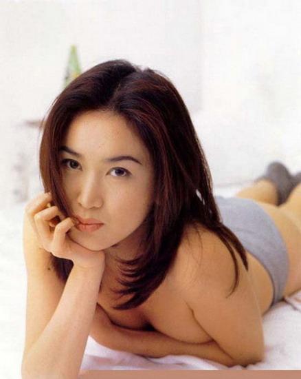 汤唯舒淇徐若瑄钟丽缇温碧霞 娱乐圈一脱成名的女星(组图)图片