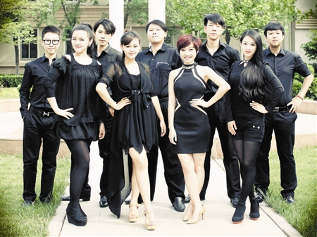 际合唱节紧张排练 爱上阿卡贝拉的年轻人 本报记者 王爽 图