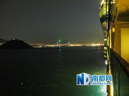 夜晚的釜山。