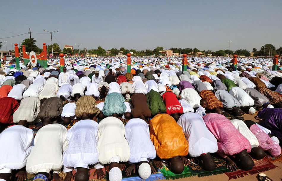 中国五大美女图片_震撼!世界各地穆斯林做开斋节礼拜(组图)-搜狐滚动