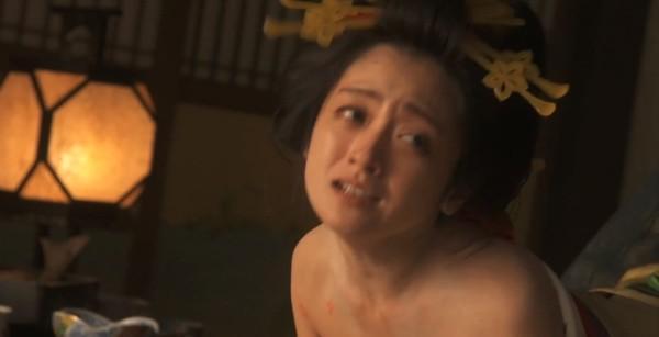 日本明星裸体电影_日本明星    搜狐娱乐讯 据香港媒体报道,童星出身的32岁日本女星安达