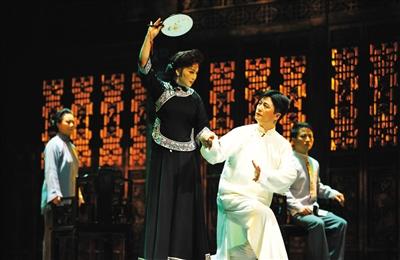 安徽省黄梅戏剧院的黄梅戏版《雷雨》。(资料图)