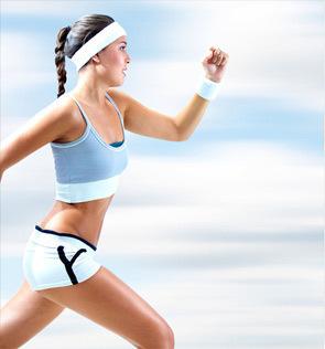 令人惊讶的是,研究显示,每周跑步不到1个小时,与每周跑步超过3个小时,对降低死亡风险的益处大体相同。