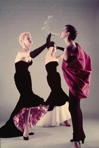 (1951年的Balenciaga礼服)
