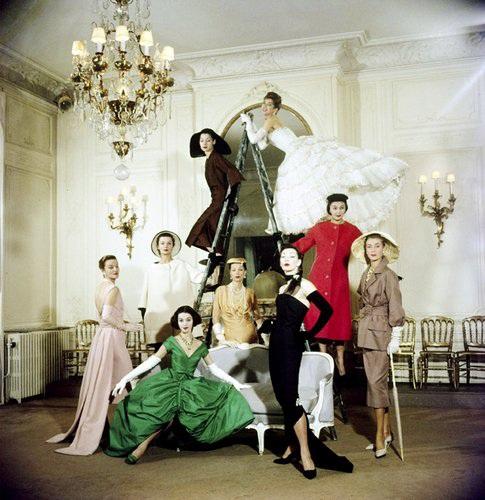 (1957年Dior高级定制发布沙龙)