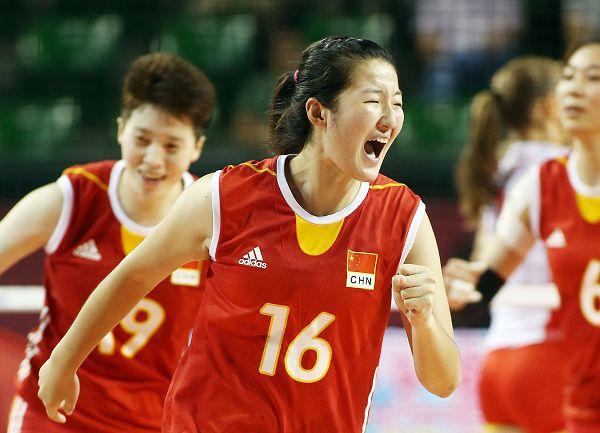 中国女排横扫波兰女排