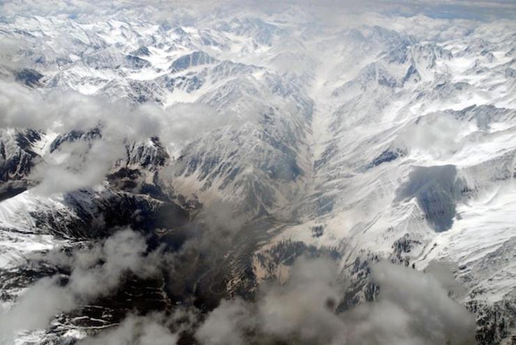 """海拔5700米的锡亚琴冰川被称为世界上""""最高的战场"""",气温会达到零下60摄氏度"""