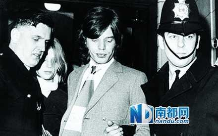 M ickJagger因非法持有安非他命被捕。.jpg