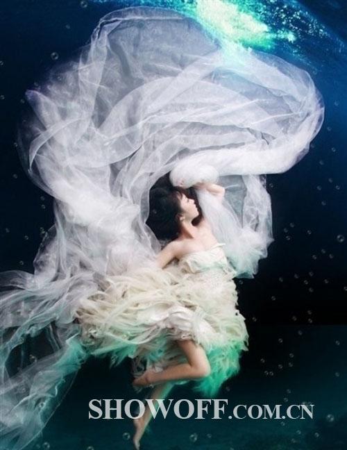 水瓶专属婚纱-12星座专属婚纱 找出属于自己的婚纱