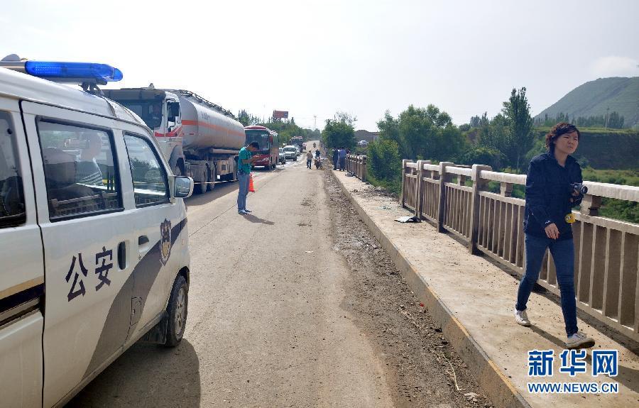 甘肃环县:两名武警和一名公安民警在执行公务中牺牲