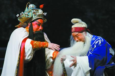 上海京剧院《成败萧何》剧照 (资料图)
