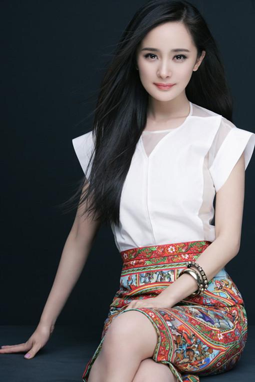 杨幂获赞暑期档女王