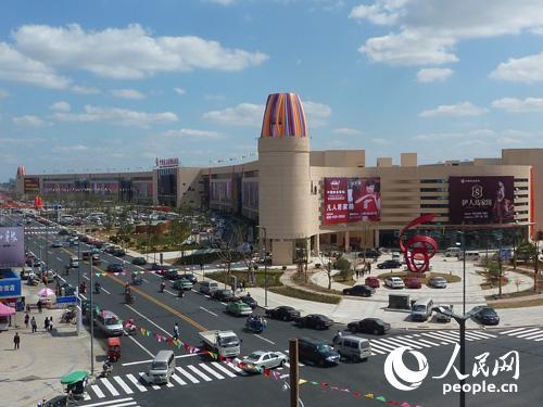 据江苏叠石桥市场管委会消息,成功创建于2011年的叠石桥国际家纺图片